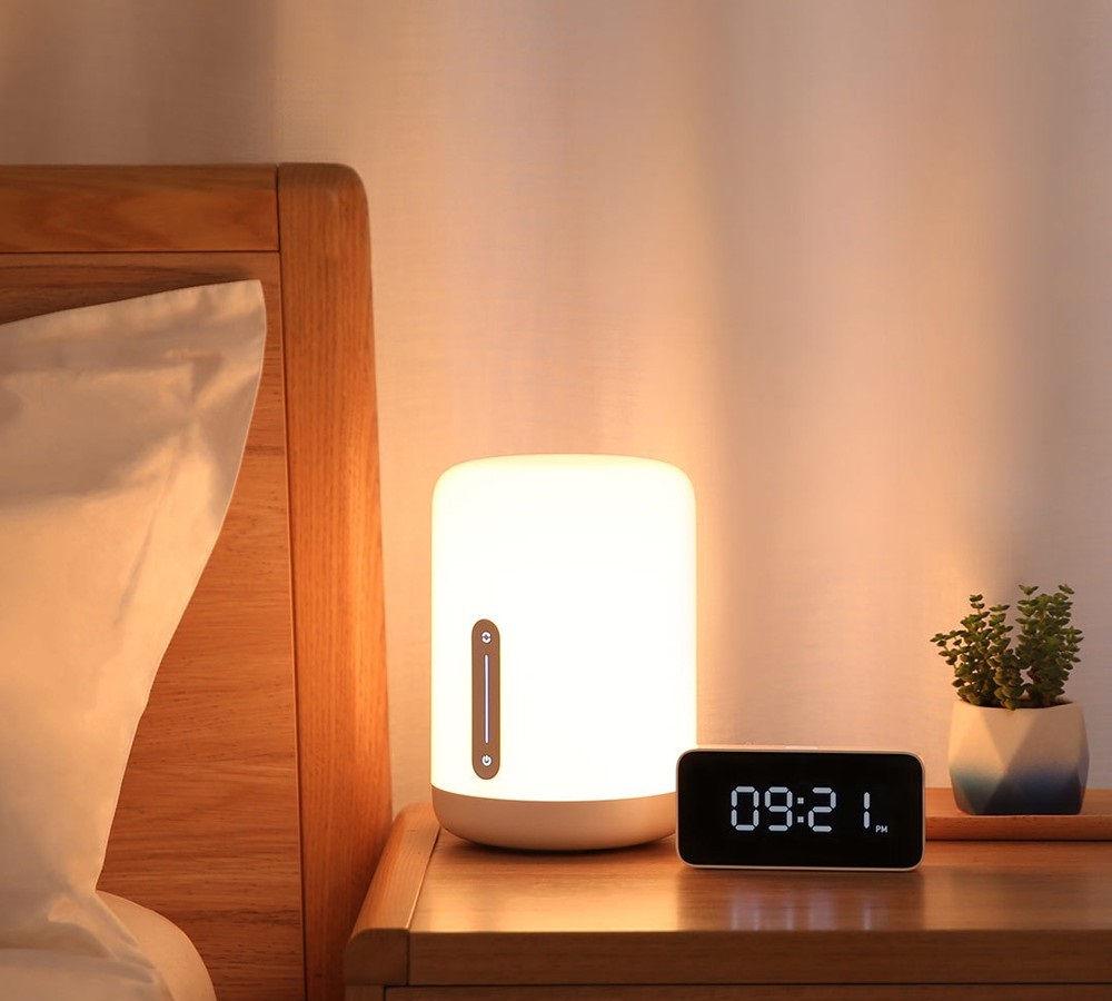 Xiaomi Mi Bedside Lamp 2 lampada da tavolo LED