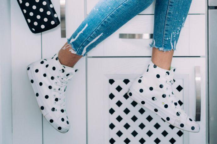 sneakers fashion