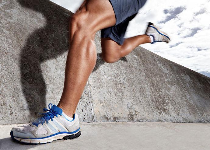 caratteristiche scarpe sportive