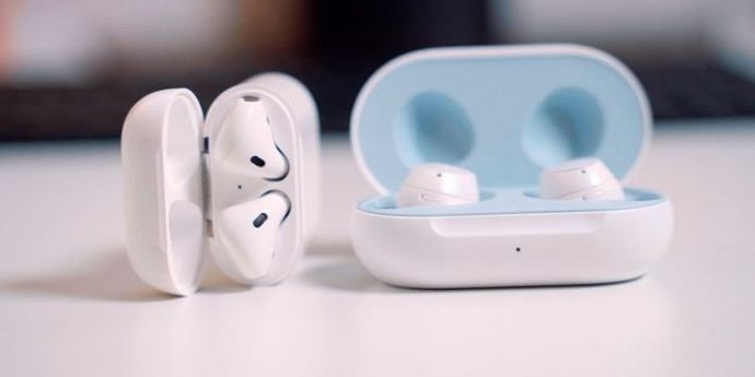 Apple Airpods vs Galaxy Buds