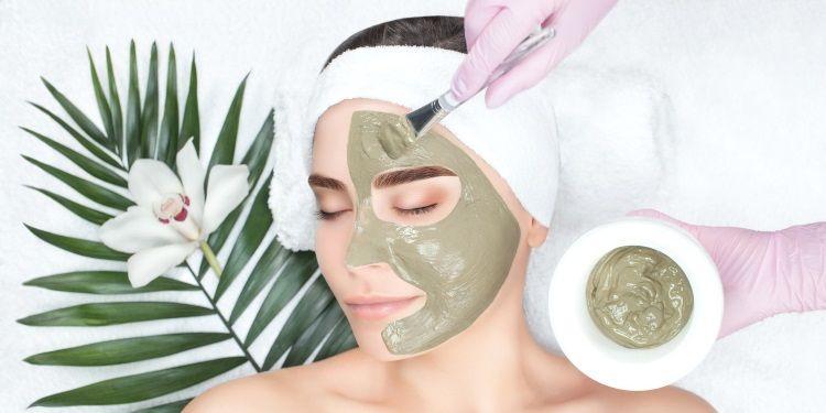 maschera viso per estate