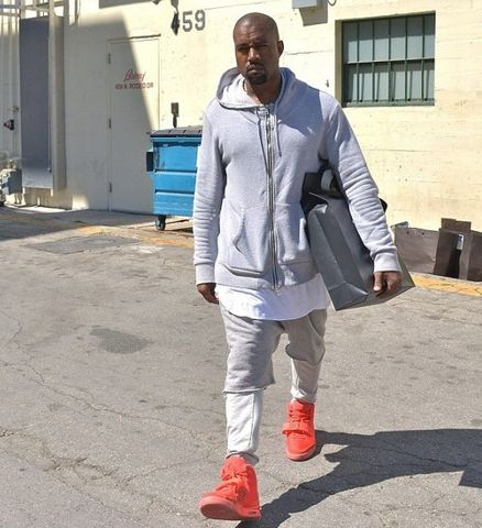 nike-air-yeezy-2-red-october-kanye-west