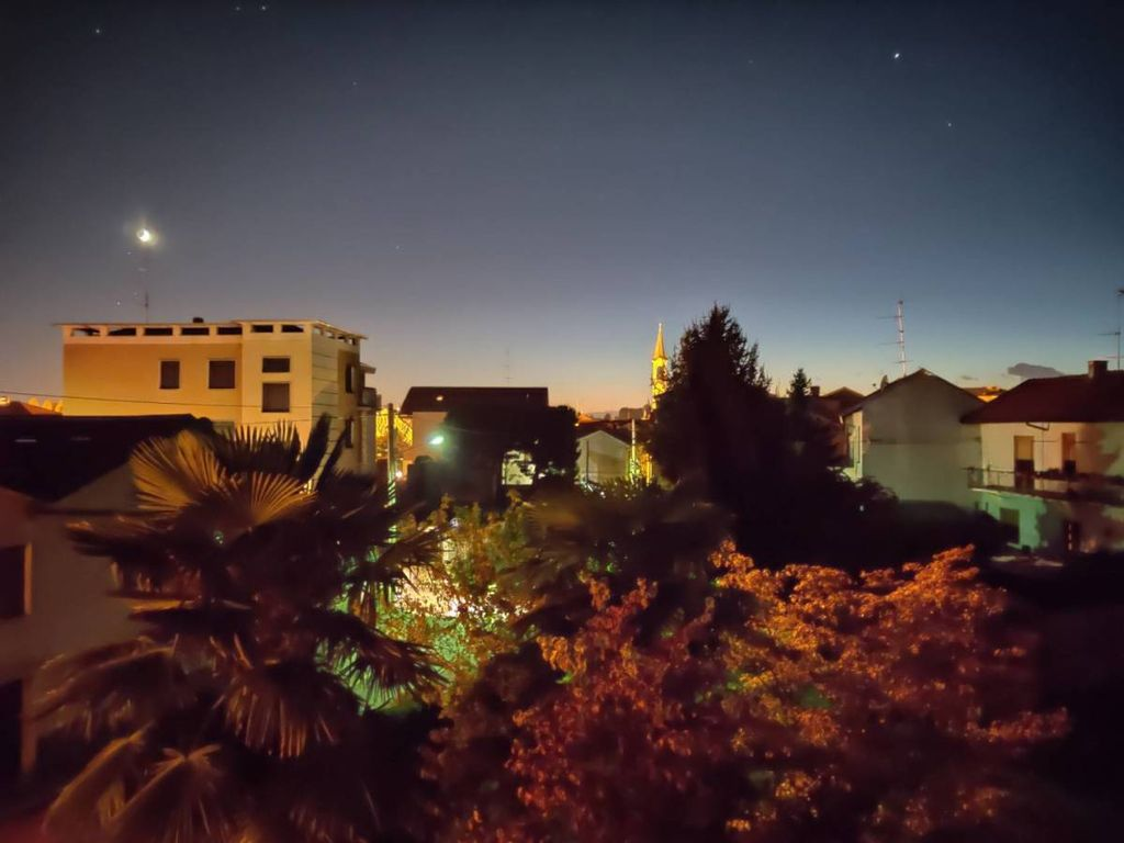 Foto notturna OnePlus 7T Pro