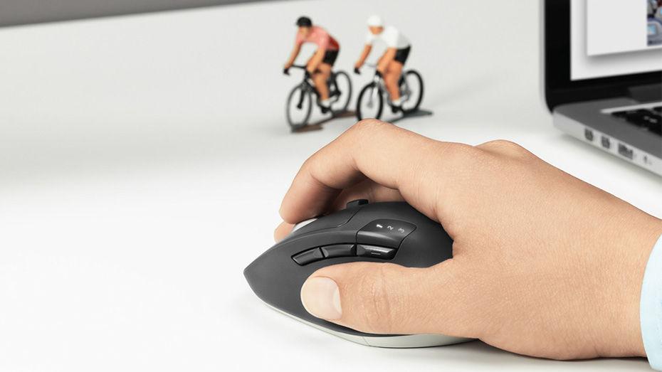 Logitech m720-triathlon-mouse