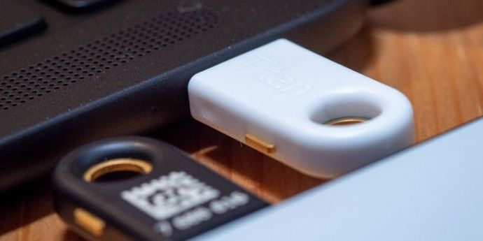 Titan USB-C