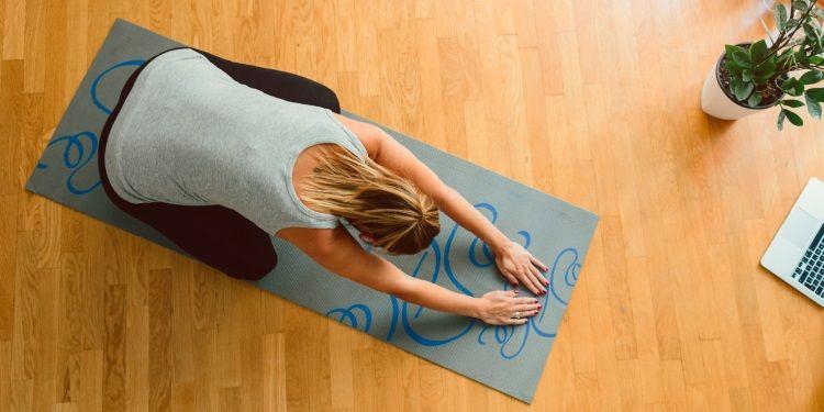 come fare yoga