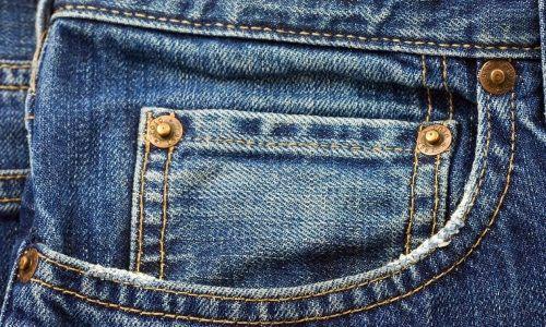 giunti di metallo jeans