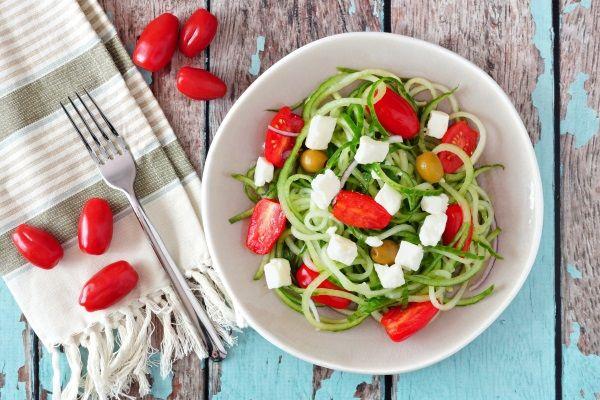 spaghetti di cetrioli alla greca