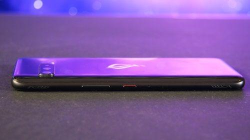 Asus ROG Phone Retro smartphone