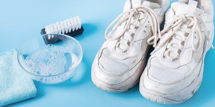 scarpe bianche come lavarle