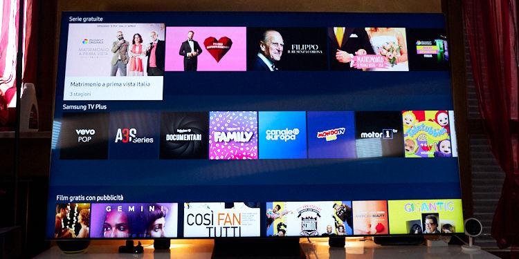 home smart tv Samsung Q950T