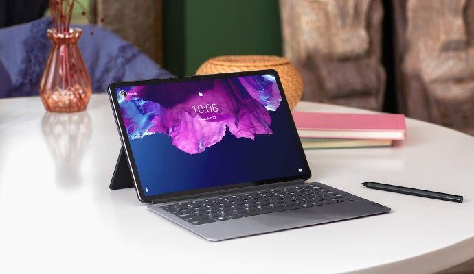 Lenovo Tab P11 Pro con tastiera e penna