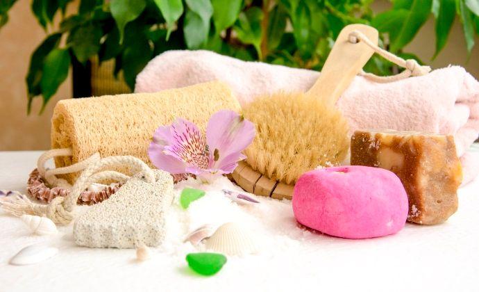 prodotti per lo scrub pedicure