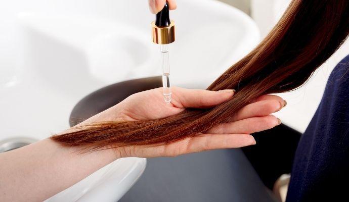 Trattamento capelli cheratina