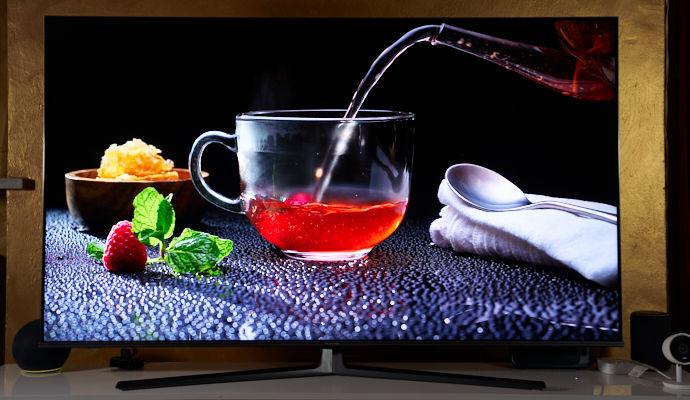 Hisense U8GQ colori
