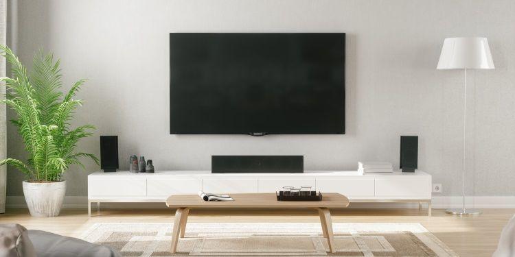 i migliori accessori da abbinare alla smart tv