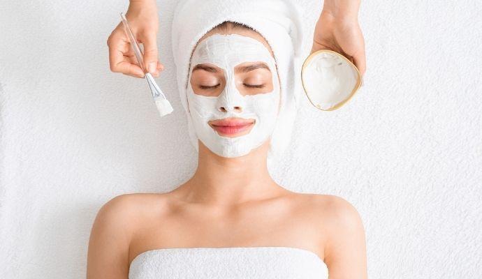 maschera argilla viso