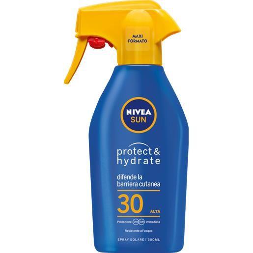 Nivea Sun Protect & Hydrate Maxi Spray Solare SPF30